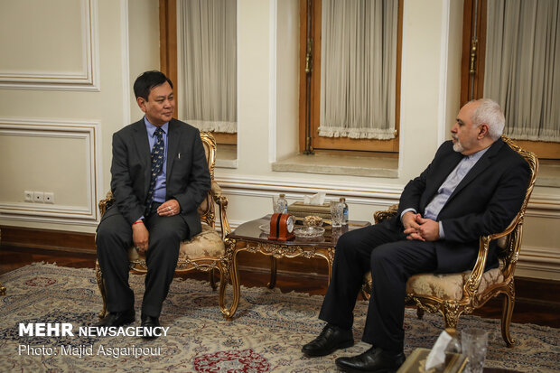 New foreign ambassadors to Iran meet with Zarif