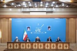 اجتماع روحاني بمجلس إدارة محافظة كيلان /صور