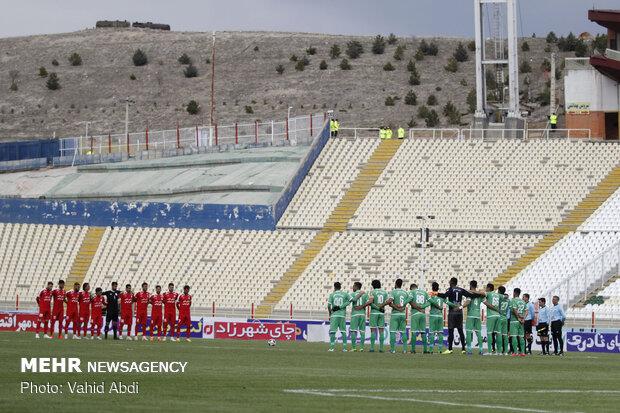 دیدار تیم های فوتبال ماشین سازی و تراکتورسازی تبریز