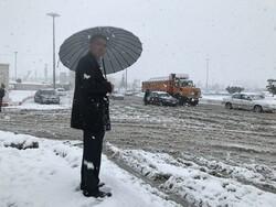 İran'ın Kirmanşah kenti beyaza büründü