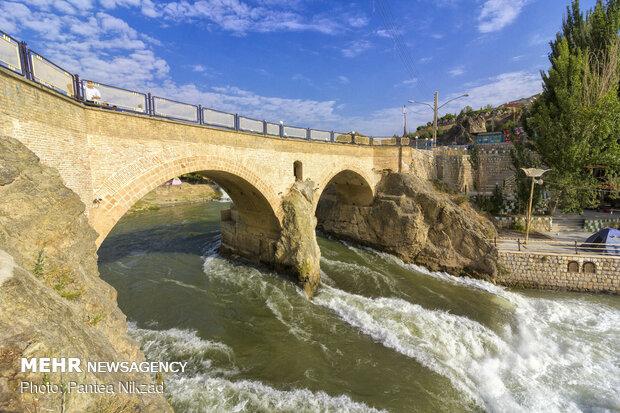پل تاریخی زمانخان - سامان