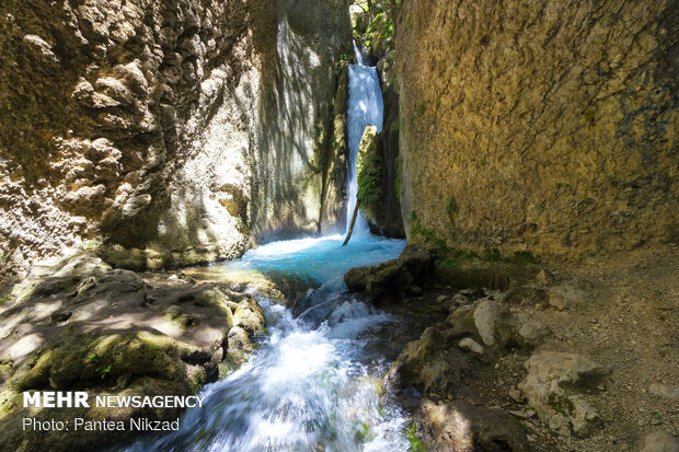 چشمه دوم آبشار آتشگاه