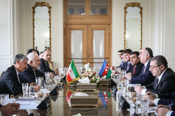 Meeting of Iranian, Azerbaijani foreign ministers in Tehran