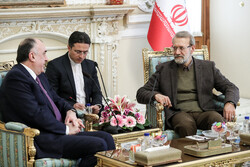 Larijani's meeting with Azeri FM