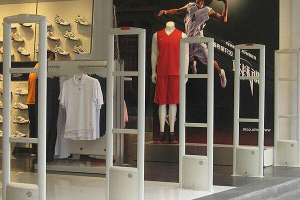 استفاده از گیت فروشگاهی در مغازهها
