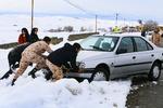 محور شاهرود-آزادشهر مسدود شد/ برف و کولاک در فولاد محله وچشمه علی