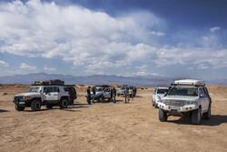 """صحراء """"مرنجاب"""" وجهة جذابة لمحبي السياحة الصحراوية / صور"""