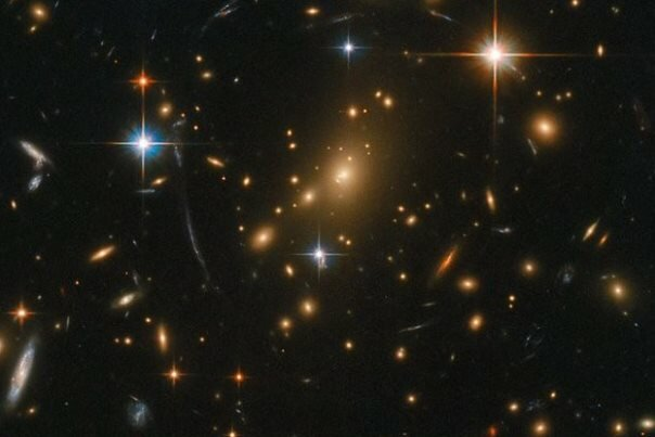 استمع الى انغام المجرات عبر ترجمة صورة كونية الى الصوت / فيديو