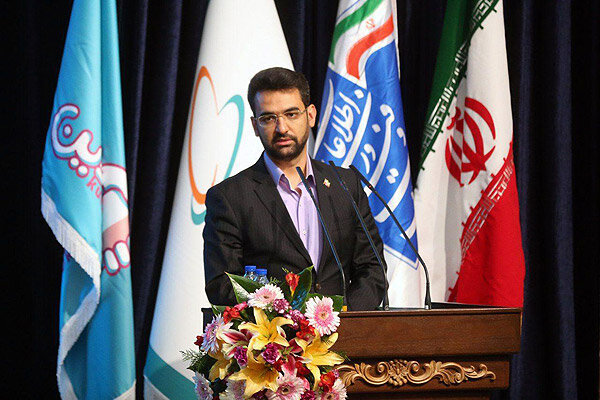 Iran's IT sector to flourish next year: minister