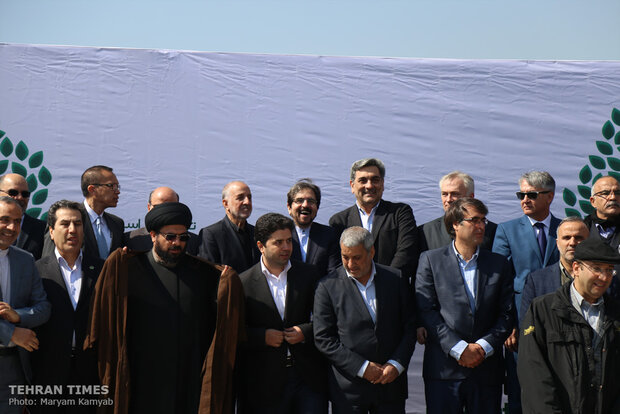 Iranian officials, diplomatic delegations plant trees as a sign of friendship and peace