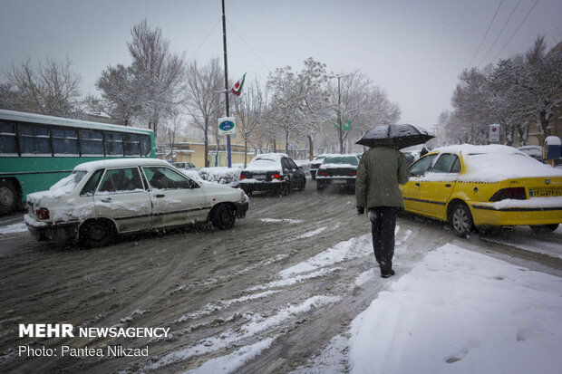 Shahrekord under snow on eve of Nowruz