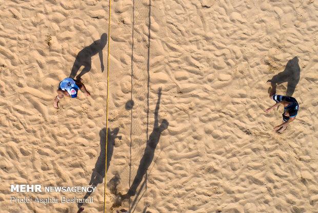 الجولة الأخيرة من رحلات نجوم الشاطئ الثلاثة في ميناء دركهان في قشم
