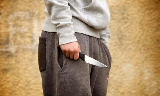 بریتانیا در آستانه «نسل کشی جوانان»