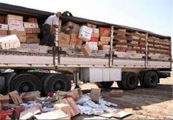 محموله ۶۰ تنی فویل قاچاق در دلیجان شناسایی و توقیف شد