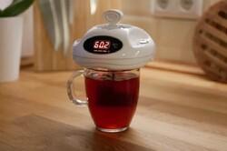دستگاهی که زمان مناسب برای نوشیدن مایعات داغ را خبر می دهد