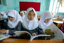 500,000 Afghan nationals studying in Iranian schools
