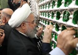صدر حسن روحانی نے حضرت امام حسین (ع) اور حضرت عباس (ع) کے حرمین کی زیارت کی