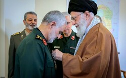Ayatollah Khamenei awards General Soleimani Order of Zolfaqar