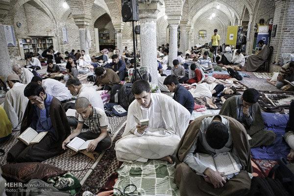 مراسم اعتکاف در ۷۰ مسجد استان قزوین برگزار می شود