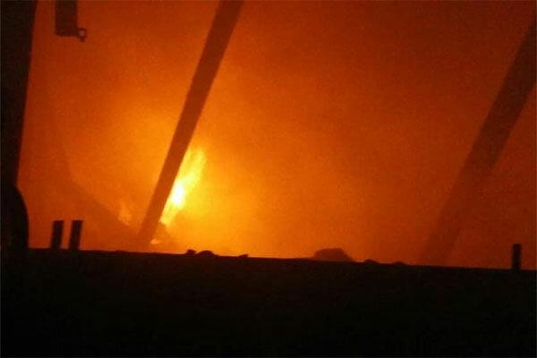آتش سوزی در پالایشگاه بندرعباس اطفا شد