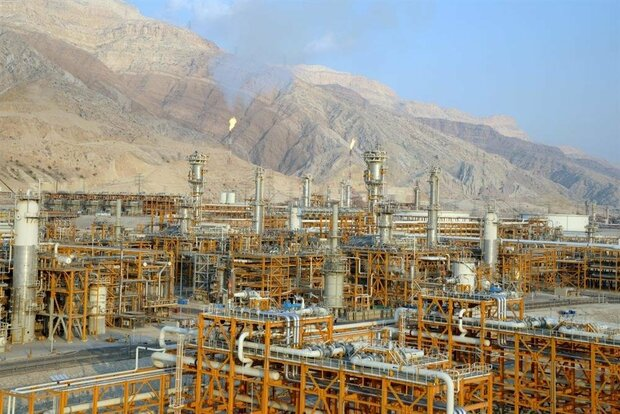 Rouhani to launch 2 South Pars Gas refineries