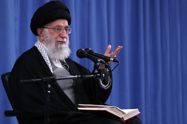 Iran not to leave UK piracy unanswered: Ayatollah Khamenei