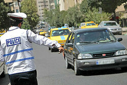 مأمور متخلف پلیس راهور بازداشت شد
