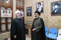 روحاني يزور منزل اقامة الامام الخميني الراحل (رض) بالنجف الاشرف