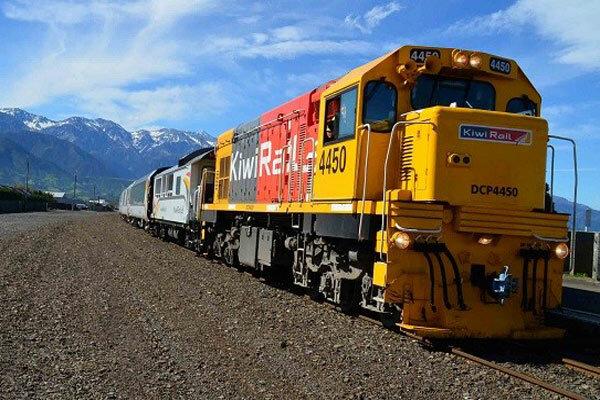 خدمترسانی ۵۱۷۰ قطار با ۲.۱ میلیون صندلی در سفرهای نوروزی