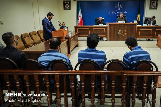 اولین جلسه رسیدگی به اتهامات متهمان پرونده تعاونی های البرز ایرانیان و ولیعصر