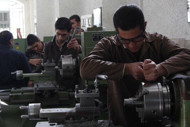 '93% of units in Iran's industrial estates are small-sized'