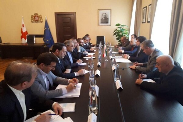Iranian parl. friendship group meets with Georgian parl. speaker