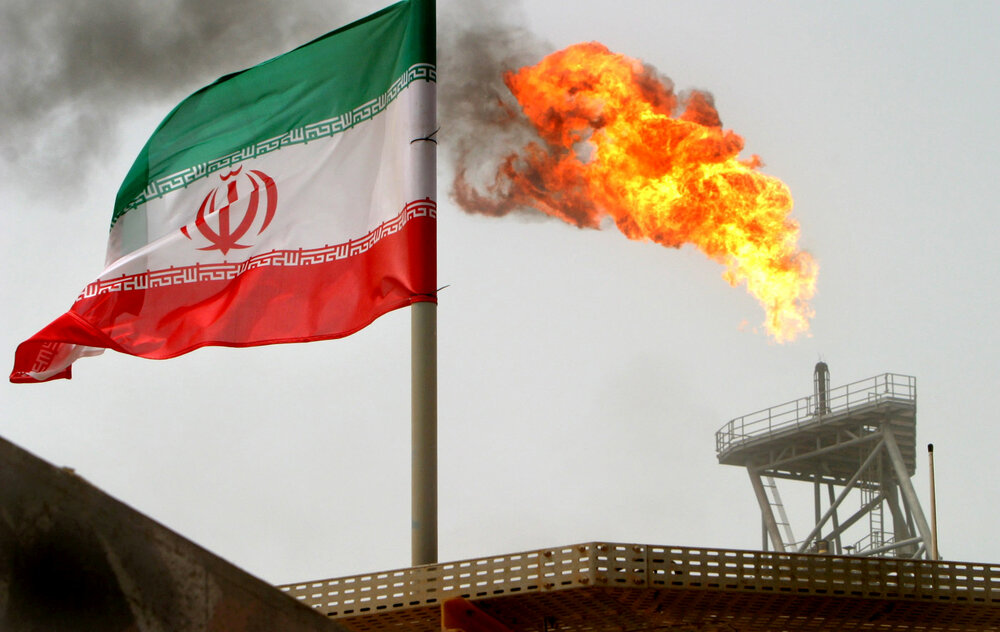 Iran promises 'crushing response' after Netanyahu calls to block its oil trade