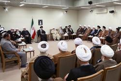 لقاء قائد الثورة الاسلامية بأعضاء مجلس خبراء القيادة /صور