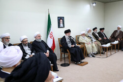 Leader's meeting with members of Assembly of Expert