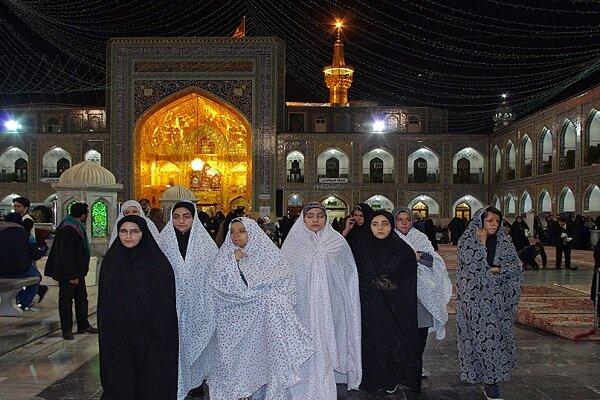 تشرف دختران «شین آباد»به حرم مطهر رضوی