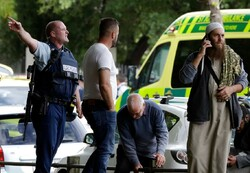 Yeni Zelanda'da 2 camiye silahlı saldırı: 49 ölü