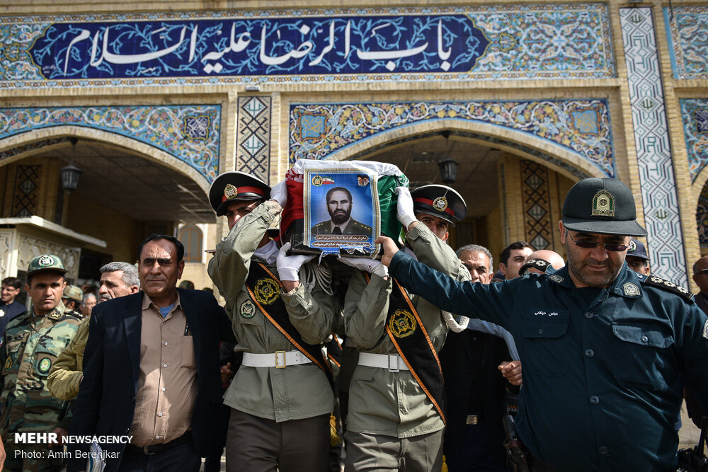 تشییع پیکر مرحوم اکبر شریعت در شیراز