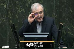 تقاضای عاجزانه وزیر بهداشت از رسانهها
