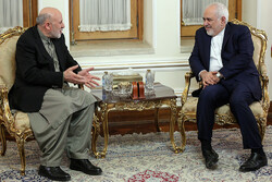 Zarif's meeting with Ghani's adviser in reconciliation affairs