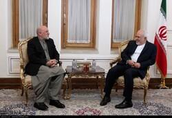 ظريف: الشعب الأفغاني هو صاحب القرار النهائي في شؤونه الداخلية