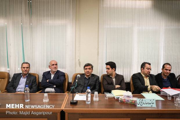 دومین جلسه رسیدگی به اتهامات متهمان پرونده تعاونیهای البرز ایرانیان و ولیعصر