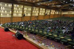 پرچم شهدا به دست جوانان جهادی است