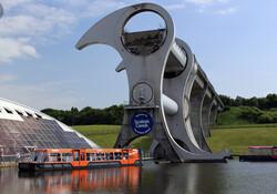 سازه مکانیکی اسکاتلندی که قایق ها را جابجا می کند