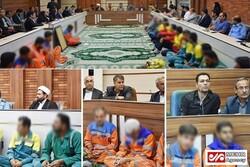 واکنشهای شتابزده به تصویر تقدیر از پاکبانان توسط شهرداری برازجان