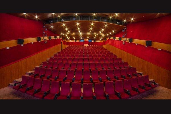احداث 112 سالن سینمایی در تهران طی 40 سال گذشته