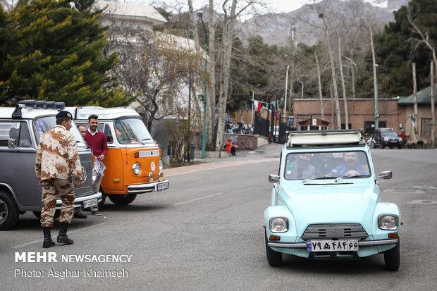 نمایش ماشینهای تاریخی در کاخ سعدآباد
