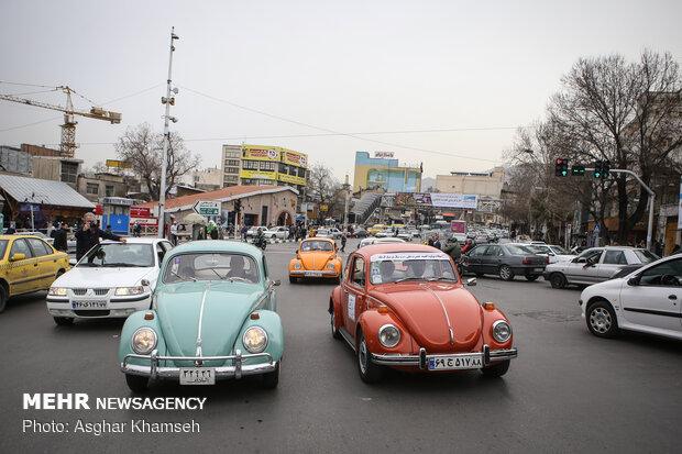 نمایش ماشین های تاریخی در کاخ سعد آباد