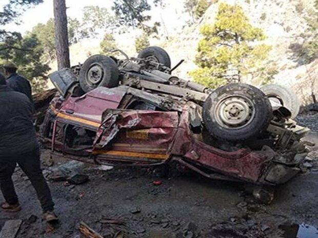 کشمیر میں جیپ کھائی میں گرنے سے 11 افراد ہلاک