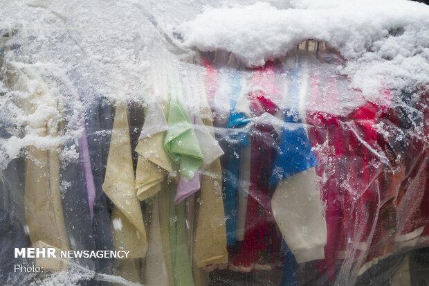 سوق عيد النوروز في اراك تحت الثلوج